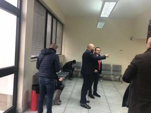 """Messina. Sindaco De Luca: """"Presidente Amam le riduciamo queste code degli utenti?"""""""