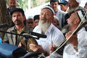 musicisti-di-etnia-uiguri-cina