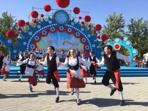 salemi-il-gruppo-sicilia-bedda-in-cina-per-il-festival-di-pechino