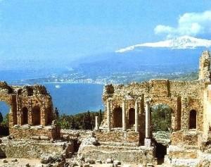 15-taormina-panorama-dal-teatro-greco-1