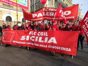 """Scuola: Flc Cgil Sicilia e Palermo, """"Da ministro parole oltraggiose, servono investimenti"""""""