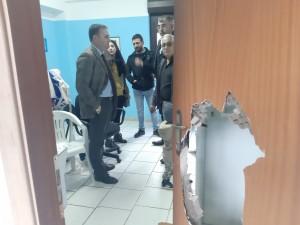 Villa S. Giovanni (Rc). FOTO. Sede dell'avis distrutta. Sopralluogo del sindaco:«Atto indegno da condannare. Vicini alle associazioni»