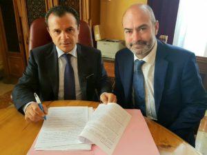 """Messina. Firmata dal Sindaco de Luca la concessione in uso temporaneo dell'area """"Torre Morandi""""."""
