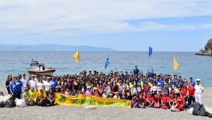 """""""Messina. Plastic Free, la campagna di pulizia delle spiagge è arrivata nella città dello Stretto"""""""