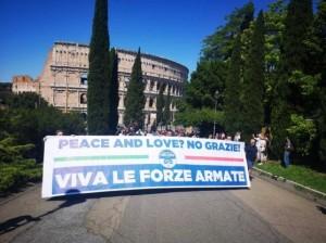10-viva-le-forze-armate-pace-e-amore-no-grazie