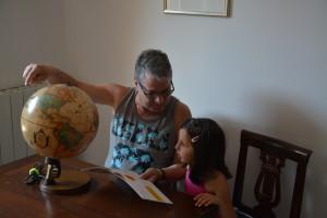 6-foto-di-nonno-andrea-nipotina-e-mappamondo-x-luna-16-luglio-2019
