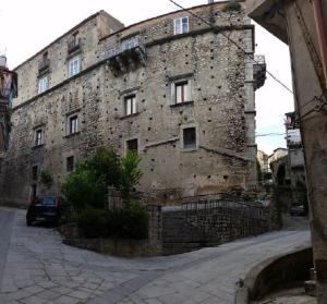 palazzo-sirleto-princi-guardavalle-cz