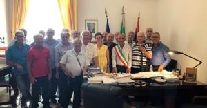 Milazzo (Me). Dopo 50 anni dal diploma tornano a visitare le loro aule al Comune