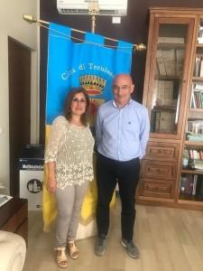 comunicato-stampa-il-sindaco-mundo-incontra-la-nuova-dirigente-scolastica