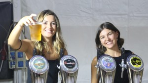 Folla di pubblico caratterizza il 7° Festival della Birra e dello Street Food Regionale a Gravina di Catania