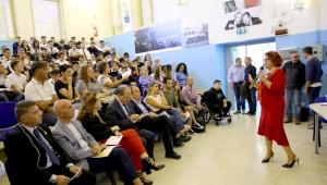 istituto-duca-abruzzi-catania-giovani-in-blu-3