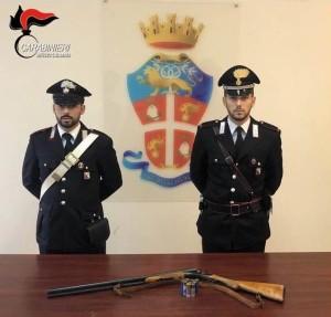 Gioiosa Jonica (Rc). Dai Carabinieri: deferito in stato di libertà per minaccia e detenzione abusiva di arma comune da sparo e munizioni.