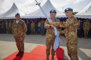 unifil_cambio-al-comando-di-sector-west_autorita_il-generale-pisciotta-cede-la-bandiera-del-sector-west-1