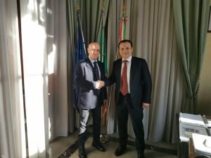Messina. Il Sindaco Metropolitano Cateno De Luca incontra il Commissario straordinario per il Consiglio Santi Trovato.