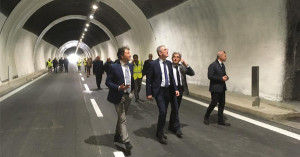 """Sicilia. Autostrada Me-Ct, riapre galleria Giardini, Falcone: """"Più sicurezza""""."""