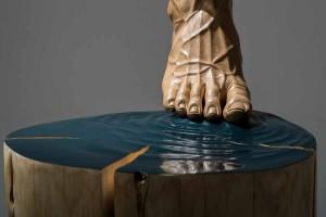 S, Caterina dello Jonio (Cz). Lo scultore Antonio Tropiano dona una sua opera per avviare una raccolta fondi per lotta Covid-19