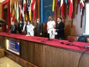 Consegnate stamani all'Amministrazione comunale 50mila mascherine dal Football Club Messina