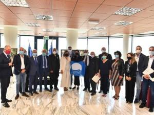 Calabria. Delibera per i comuni: 700 mila Euro per le spiagge e 300 mila per i destinatari di bandiera blu.