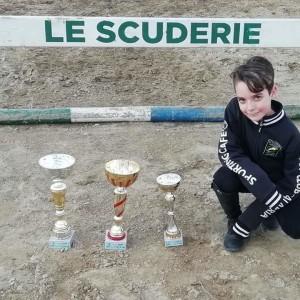 crosia-il-piccolo-nicolo-9-anni-continua-a-vincere-gare-di-equitazione8