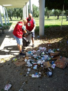 """CasaPound Lamezia Terme (Cz): pulizia del parco """"Peppino Impastato"""""""