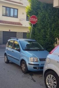 Bovalino (Rc): continua il parcheggio selvaggio. Anche chi denuncia sarebbe caduto nella rete!
