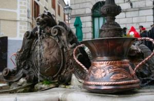 5-fontana-di-piazza-plebiscito