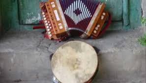 Musica: Klaus Davì cerca ballerino tarantella per spot.