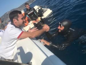 Soverato (Cz). Homar Leuci è sceso in apnea alla incredibile profondità di 100 metri.