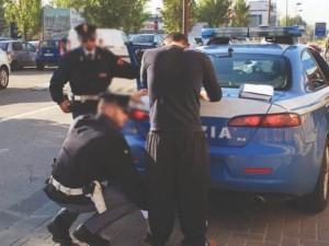 Catania. Polizia: stretta ai parcheggiatori abusivi