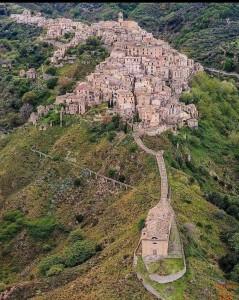 5-badolato-borgo