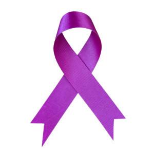 Natale triste 2020. Listiamo a lutto viola alberi, presepi, balconi e giacche in onore dei milioni morti per Covid-19