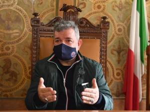 Calabria. Scuole chiuse, ordinanza integrata: esclusi gli asili nido