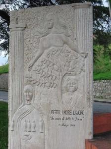 37-monumento-alle-donne-bm